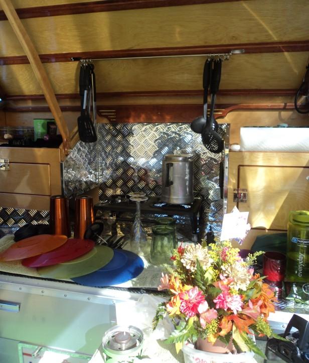 teardrop trailer, vintage, vintage-style, gathering, Perris, CA, Southern California, 2014